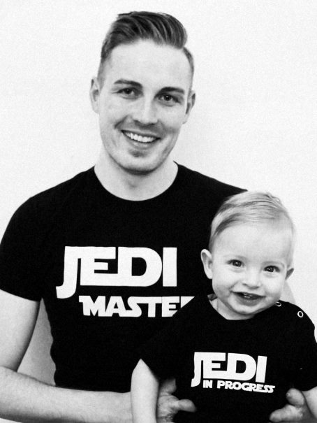 Thomas mit Amnionbandsyndrom und sein Sohn